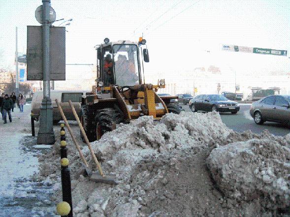 За зиму в москве выпало более 2 метров